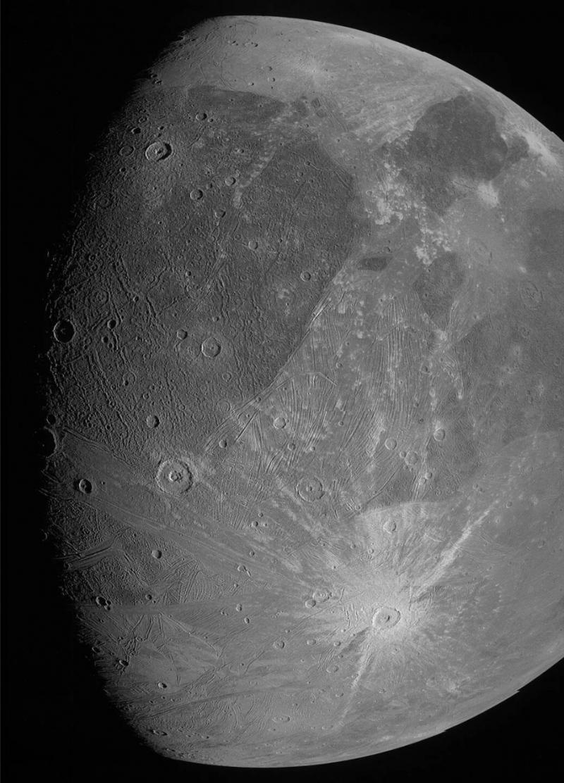 NASA朱诺号探测器捕捉到了冰冷卫星木卫三惊人新画面